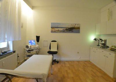 Behandlungsraum Bild 1